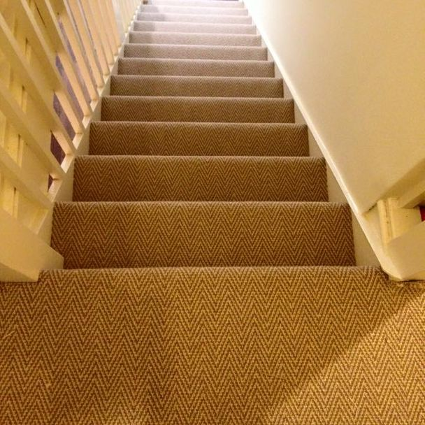 cream stair carpet